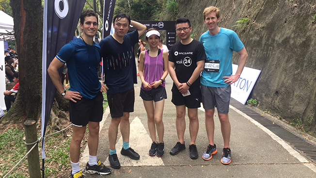 Team Bain Capital wins highest fundraising award at Hong Kong Peak 24 relay race
