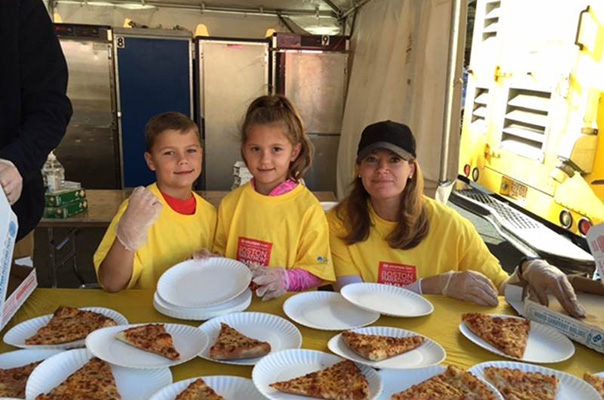 Bain Capital and Domino's Pizza Volunteer at the 2016 Jimmy Fund Walk